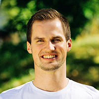 Simon West : vik Ekonom och statistikansvarig (100%)